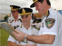 Entrega de Plaquetas a Oficiales que cumplieron 25 años de servicio