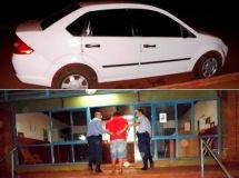 Vehiculo secuestrado y detención