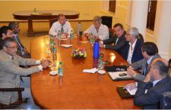 El Ministro de Gobierno reunido con Jueces y Fiscales posadeños