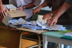 b_250_160_16777215_00_images_2014_i_web-elecciones-La_Perla_2_Custom.jpg