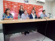 La conferencia de prensa se realizó en las oficinasl del IPLYC