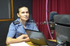 Oficial Principal Verónica Kolb, autoridad de la Comisaria de la Mujer en Alem